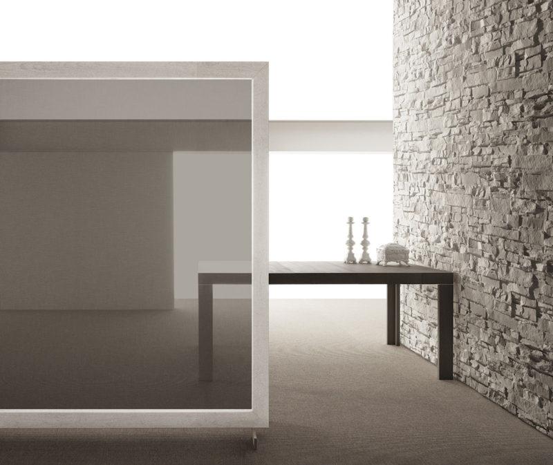 Tavolo allungabile con tecnologia Bauline Assolo ambientato aperto