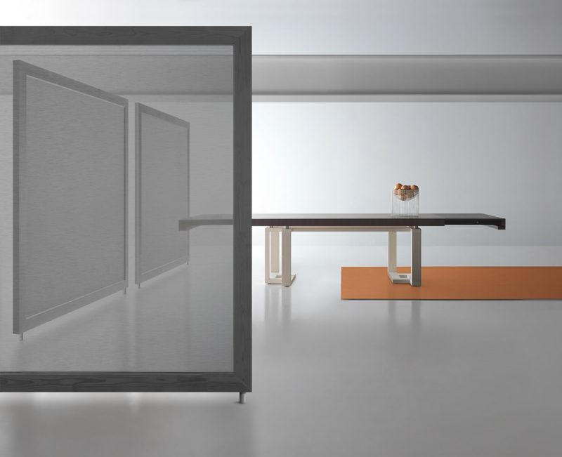 Tavolo allungabile con tecnologia Bauline Fraseggio ambientato aperto