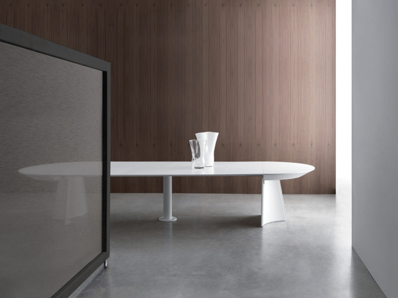 Set of extending opened table Concerto with Bauline technology
